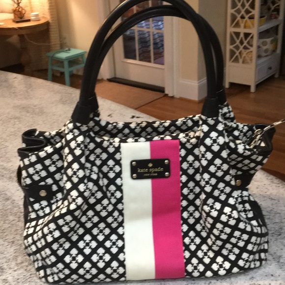 kate spade Handbags - Authentic Kate Spade bag
